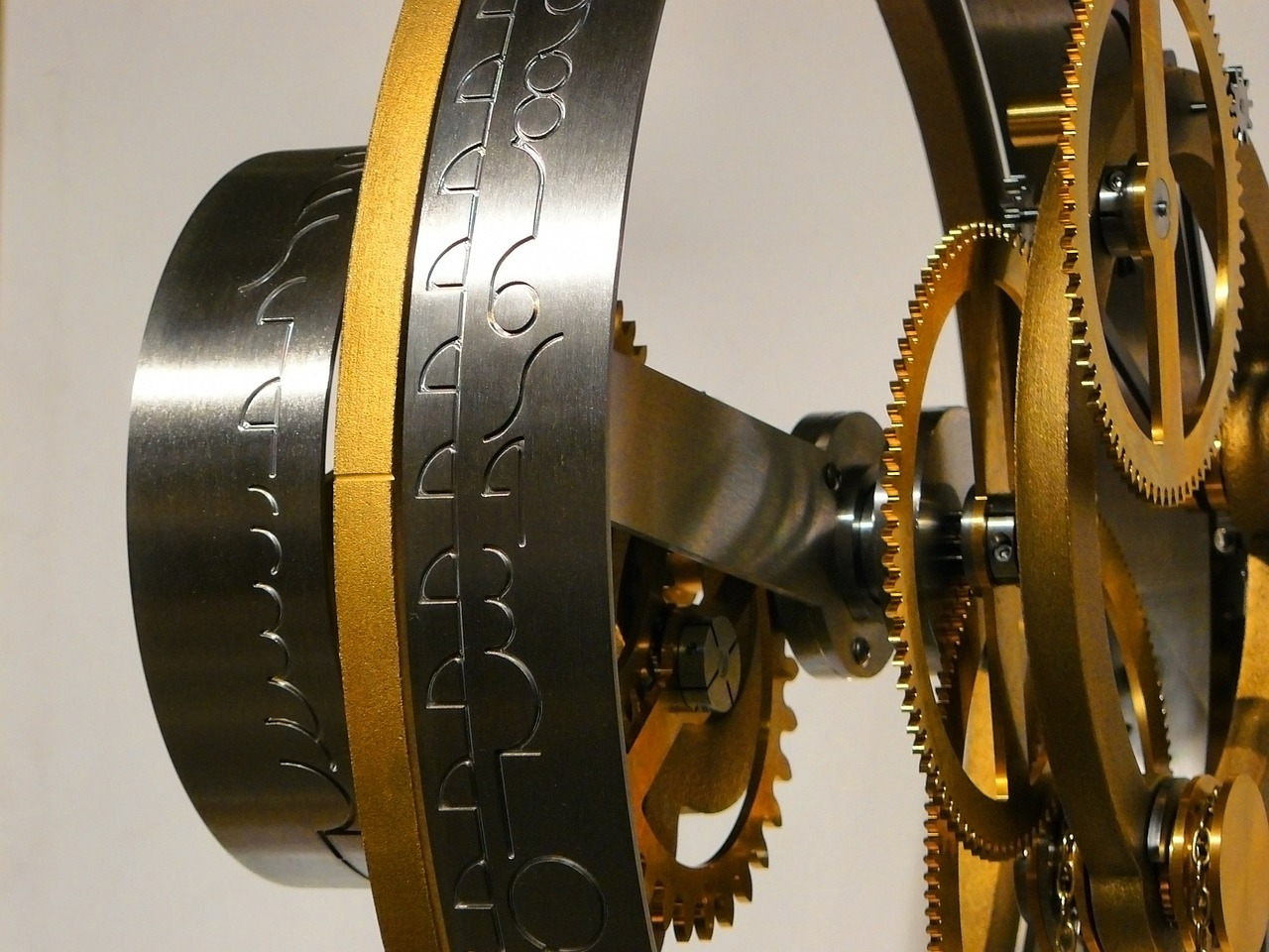 Här hittar du klockor och armbandsur från Wilhelm Bergman